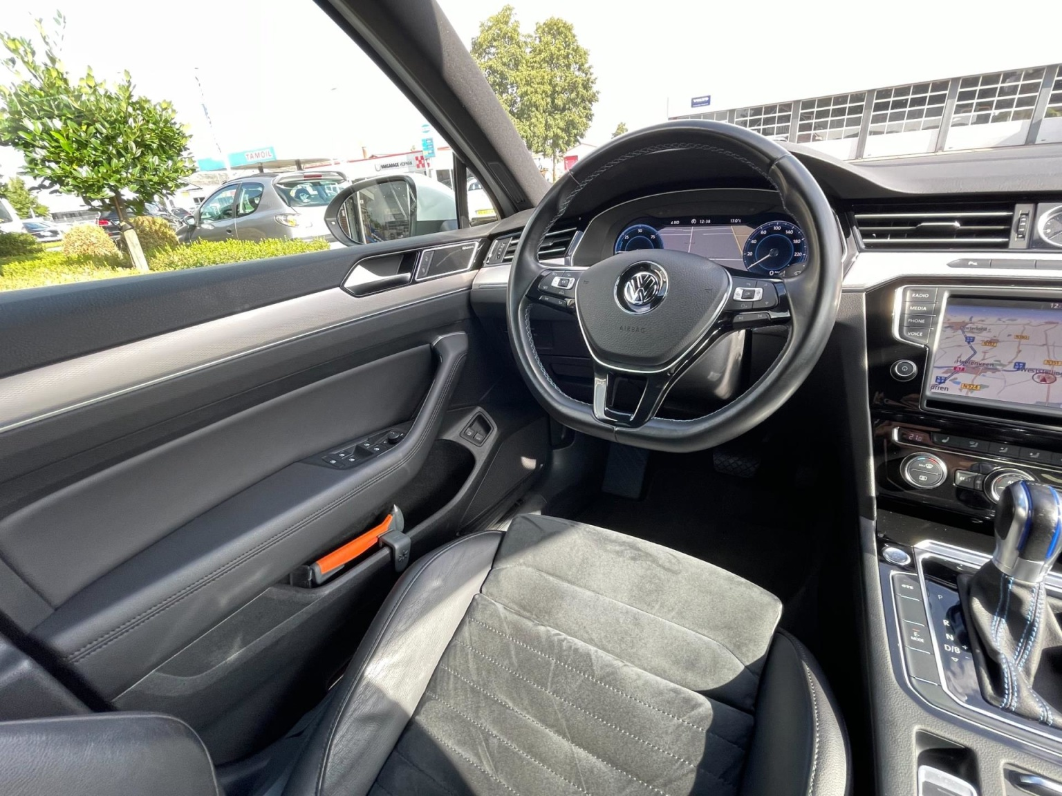 Volkswagen-Passat-42