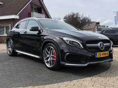Mercedes-Benz-GLA-1