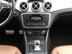 Mercedes-Benz-GLA-27