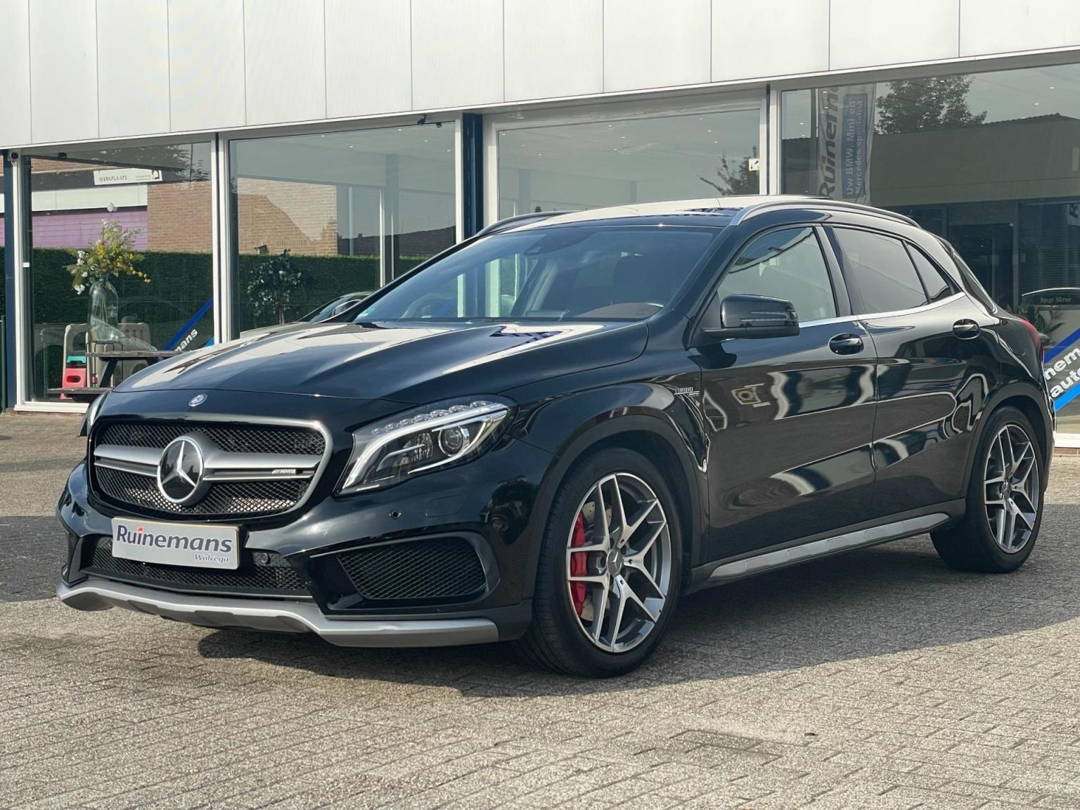 Mercedes-Benz-GLA-36