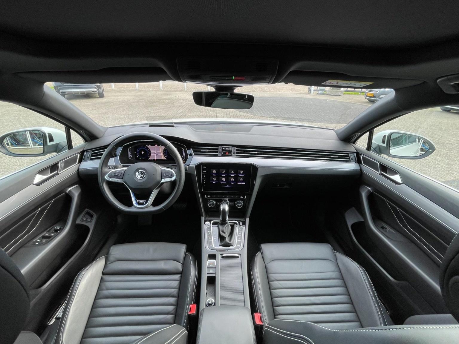 Volkswagen-Passat-56