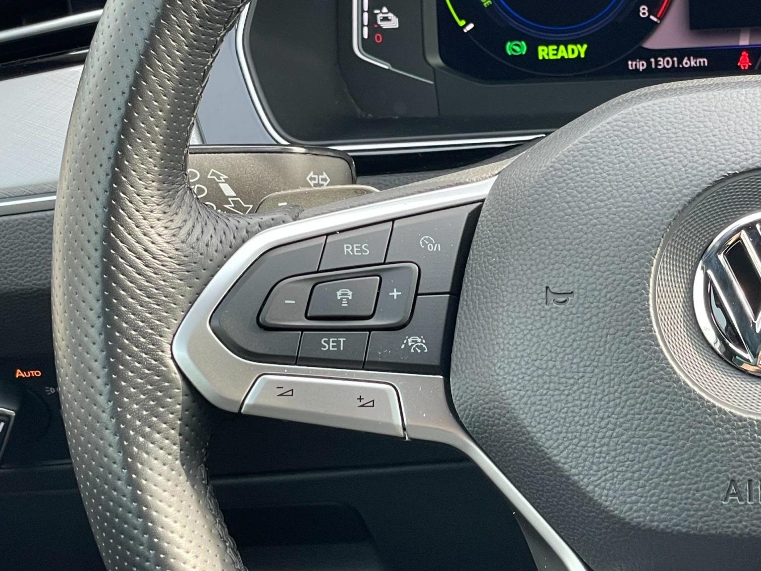 Volkswagen-Passat-69