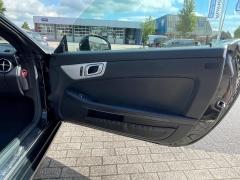 Mercedes-Benz-SLK-13
