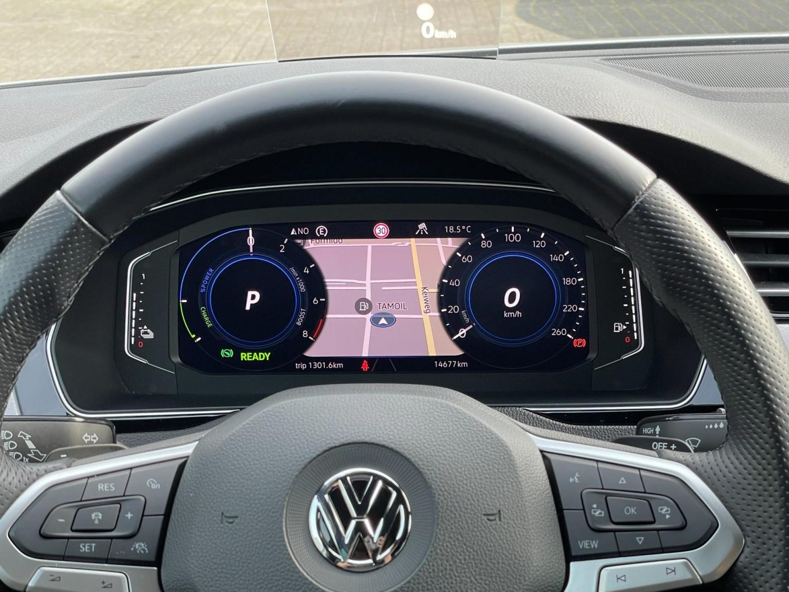 Volkswagen-Passat-59
