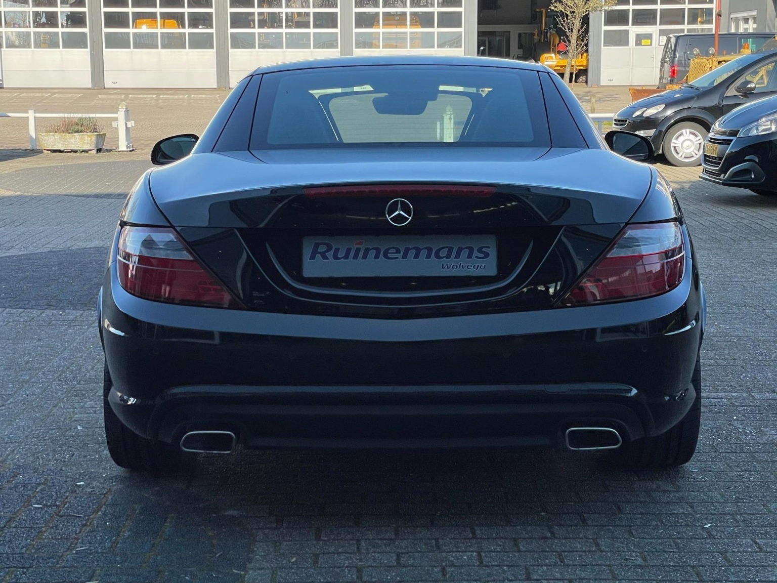 Mercedes-Benz-SLK-14