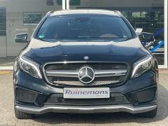 Mercedes-Benz-GLA-37